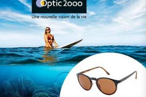 paire de lunettes de soleil Optic 2000